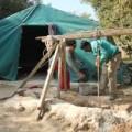 عائلة فلسطينية تفتح مركز للتطوع لحماية ارضها