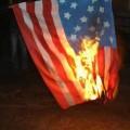 حرق علم أمريكا