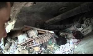حوار مع 4 من عناصر النظام السوري وهم تحت أنقاض مبناهم بعد نسفه من قبل الثوار في ادلب