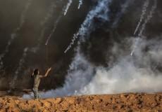 إصابات بالاختناق جراء إلقاء الاحتلال قنابل الغاز على المنازل شرق رفح