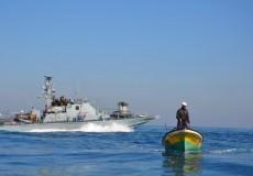 الاحتلال يفرج عن 3 صيادين اعتقلهم أمس من بحر القطاع