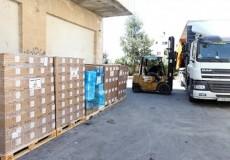 إسرائيل تسمح للشاحنات دخول الضفة على نظام  من الباب للباب