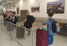 الطلبة الراغبين في الالتحاق بجامعاتهم في الخارج