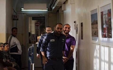 العفو الدولية ترحيل الصحفي الخاروف انتهاك للقانون الدولي