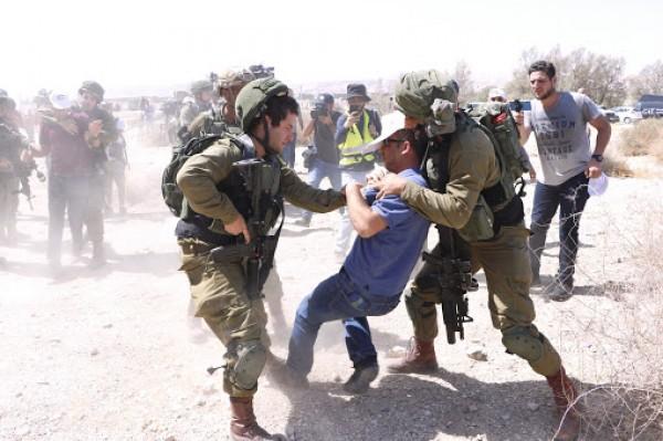 الاحتلال يقمع وقفة احتجاجية في طولكرم ويصيب العشرات2