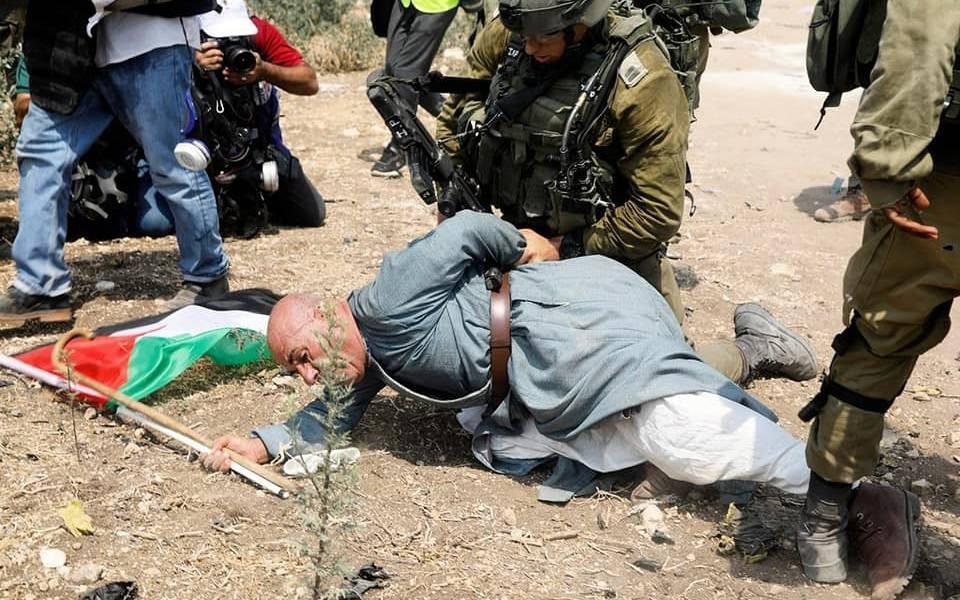 الاحتلال يقمع وقفة احتجاجية في طولكرم ويصيب العشرات1